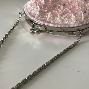 La Regale Pale Pink Beaded Clutch